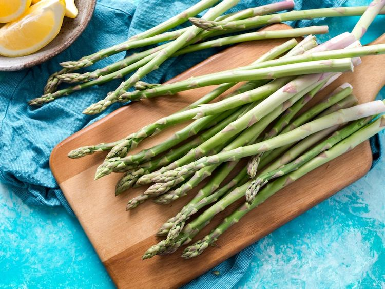 Prebiotic foods like asparagus are a great way to improve gut health