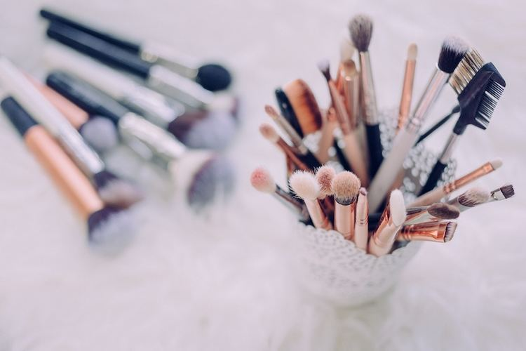 Clean makeup brushes for clear skin