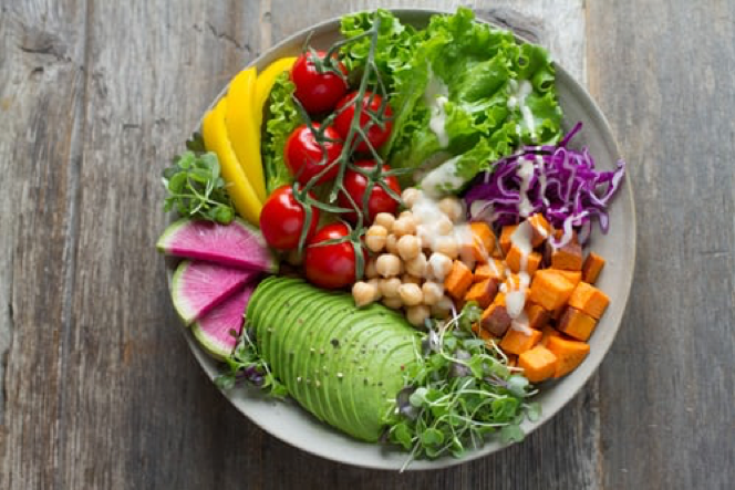 Diet and vitamins for people with acne
