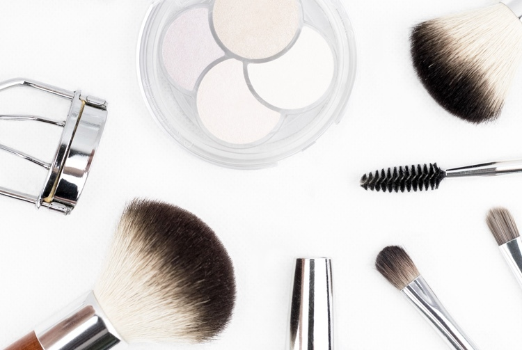 Makeup Cover Pimples Tips